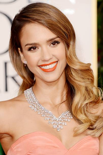19 Best Women's Haircuts For Long Straight Hair With Layers And Side Bangs